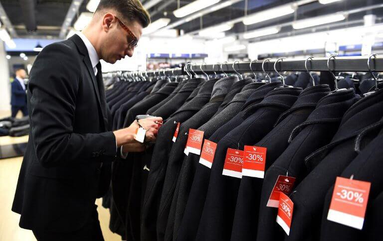 AI in retail to generate huge savings.